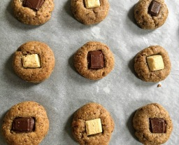 Five Ingredient Pecan Cookies