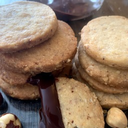 Vanilla Hazelnut Shortbread Cookies